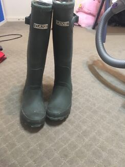 Cane Wellington rubber boots with Sherpa lining size 3 uk