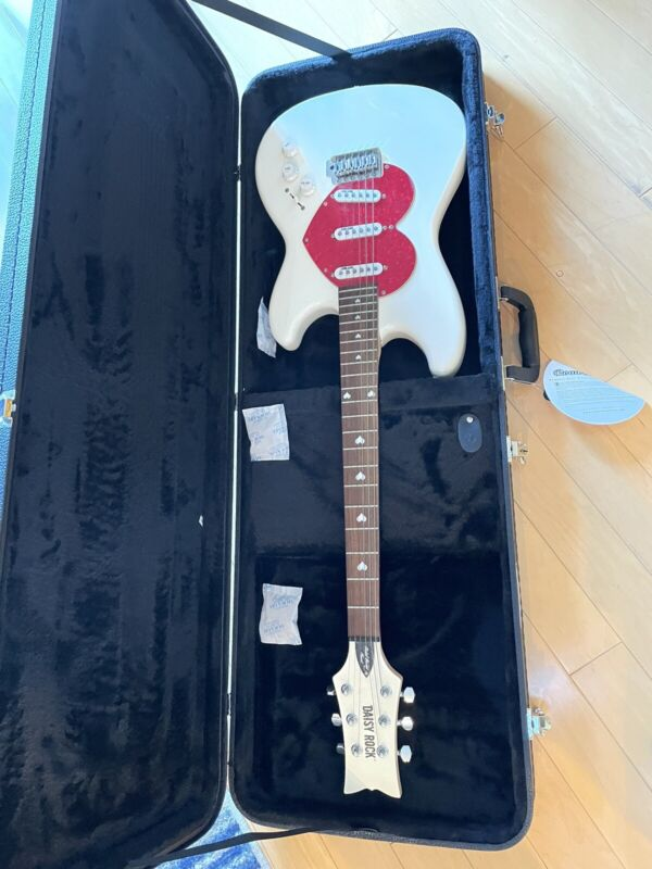 Daisy Rock Rebel Rockit Guitar