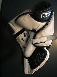 REEBOK Premiere goalie trapper.
