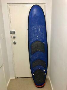 beginners foam surfboard 6'8
