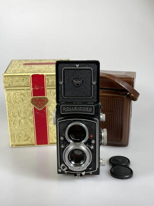 MINT Rollei Rolleicord Vb 6x6 TLR Camera w/ Xenar 75mm f3.5 & Case, Box, Cap