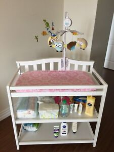 Baby changing table (Craft Camden brand)+ pad and cover+mobile