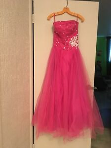 Robe de bal  a voir 5 photo