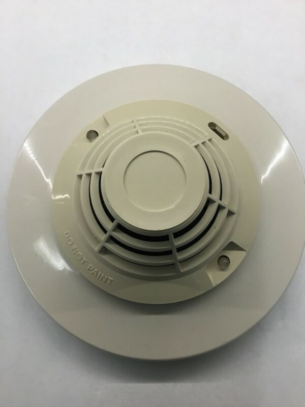 Notifier FDX-551R Fire Alarm HEAT DETECTOR 417485 Fixed Temp 135  With Base