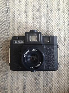 Holga 120CFN Medium Format Film Camera + accessories