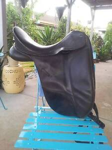 Dressage saddle Hoppers Crossing Wyndham Area Preview