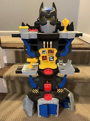 Fisher Price Imaginext DC Super-friends Transforming Batcave