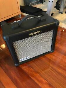 Kustom Arrow 16R 16W Guitar Practice Amp