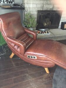 Retro Massage Chair