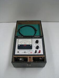 EMIC-506-A-Vibration-Meter-Tester
