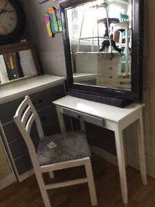 Small white & grey vanity set with mirror and chair
