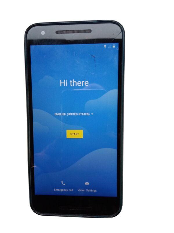Nexus 5x Black 32G + Case & Car Charger - unlocked