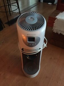 2 Humidificateurs Bionaire et Honeywell