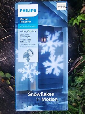 Philips Snowflakes in Motion Indoor Outdoor Projector Cool White Bright Lights](Lighted Snowflakes Outdoor)