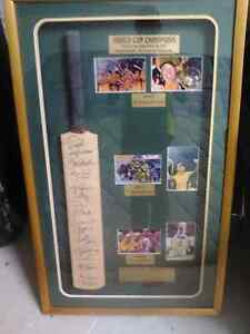 Cricket bat signed by all Australian cricket players Brisbane City Brisbane North West Preview