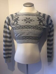 Cozy Grey Striped and Ski Print Knit long sleeved half sweater