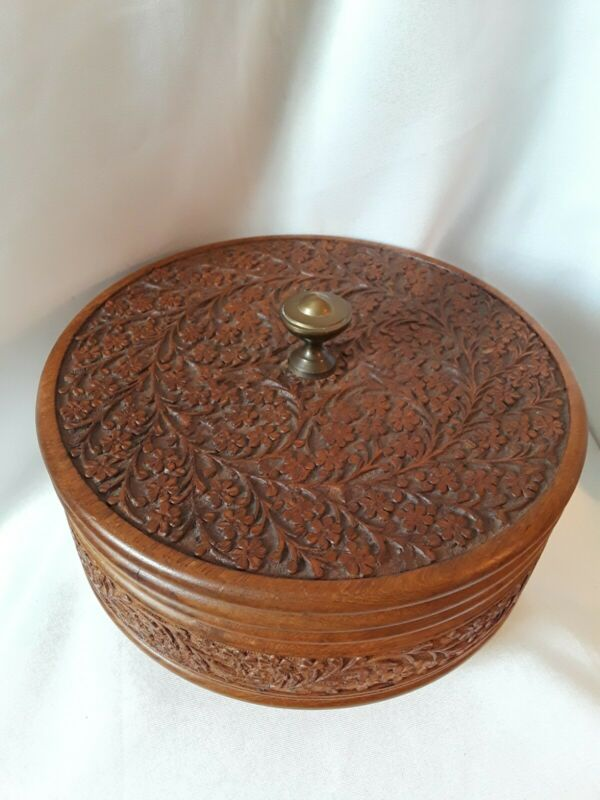 """🌼Vintage Wooden Hand Carved  9"""" Round Box """"Flowers High Detail""""🌼"""
