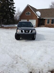 Nissan frontier nismo *reduced price*