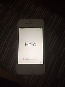 iPhone 4 in good shape REDUCE PRICE FIRST 60 DOLLARS