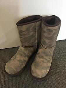 Winter army green  boots. Size us 9 . Lidcombe Auburn Area Preview
