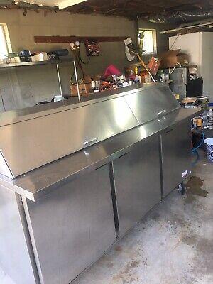 Beverage Air Spe72-30m-ds-three Door Refrigerated Sandwich Prep Table