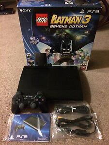 500GB PS3 SUPER SLIM+GAMES IN BOX LIKE NEW!!