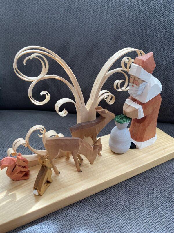 Erzgebirge Santa And The Woodland Animals Shaved Wood Tree Candleholder