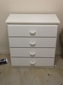 Chest of drawers up for grabs! Pakenham Cardinia Area Preview