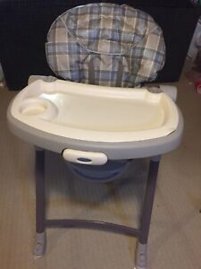 Graco highchair. Excellent condition