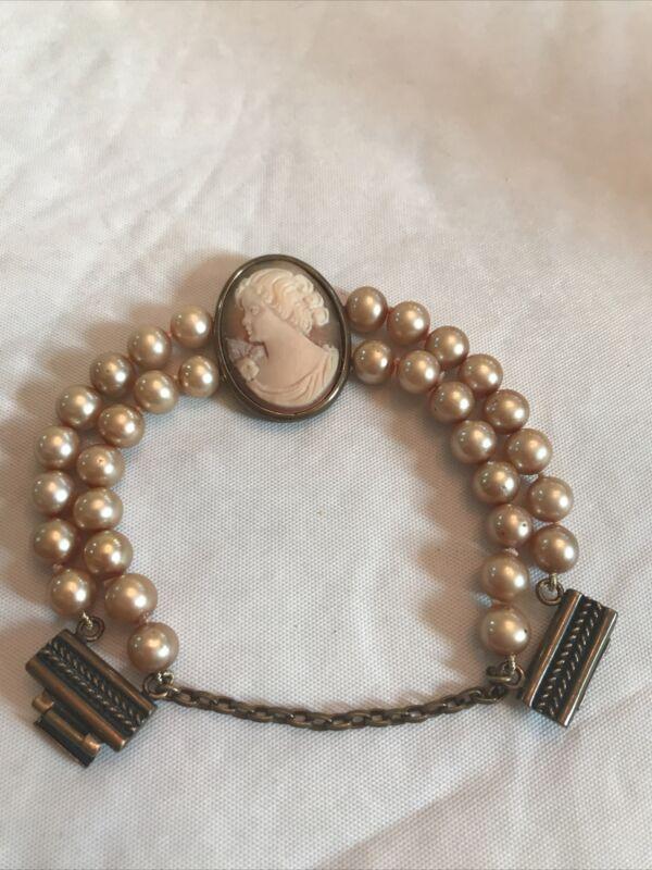 Extasia Cameo & Pearl Bracelet Bronze Clasp