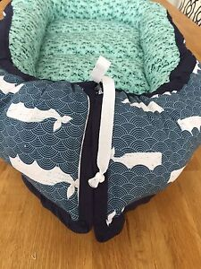 Baby nest - whales and anchors