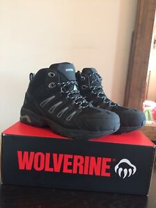 New safety shoes size 9.5