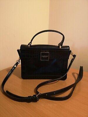 Isaac Mizrahi New York Black Leather handbag crossbody shoulder excellent cond