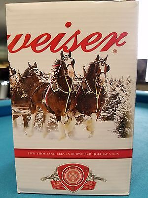 2011  Anheuser Busch  AB  Budweiser Holiday Christmas Beer Stein Clydesdales NIB