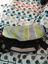 Crumpler Barney rustle blanket messenger bag Altona North Hobsons Bay Area Preview