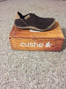 Brand new cushe surf shoes