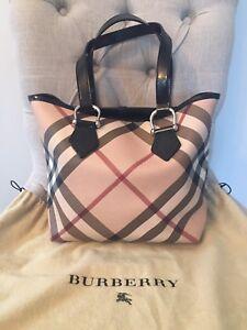 Burberry Purse *Authentic