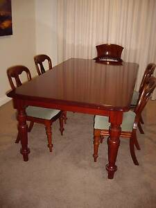 Reproduction dining room table Beaumaris Bayside Area Preview