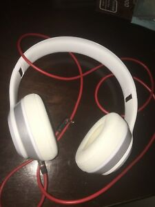 White Beats By Dre Solos