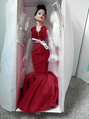Tonner Kitty Collier - Scarlet Glamour # KC1104