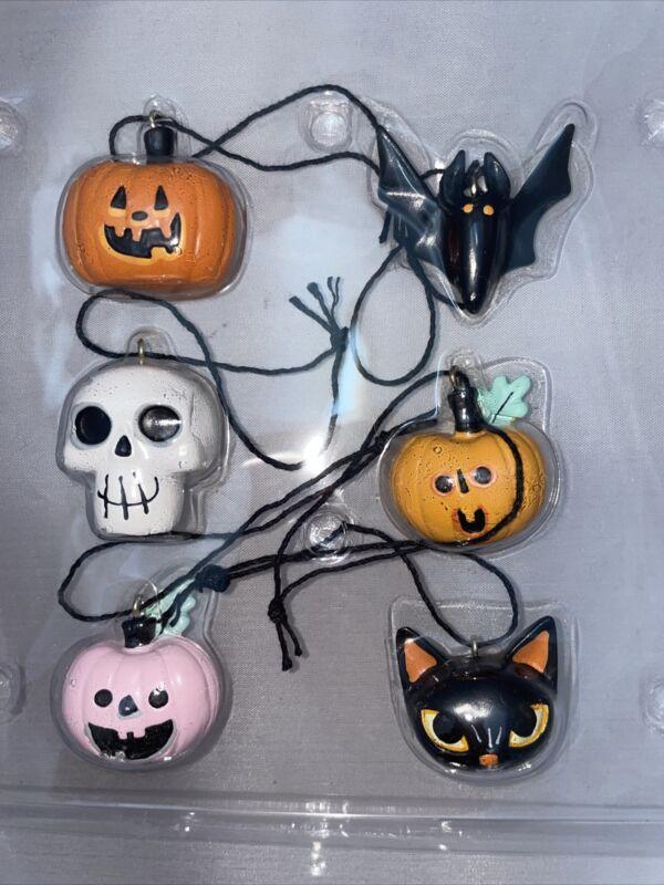 Hyde And Eek Halloween Mini Ornaments Pumpkin Bat Skull Halloween Decor Spooky