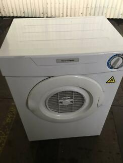 FISHER&PAYKEL 3.6 KG MODERN DRYER - WORKS PERFECTLY