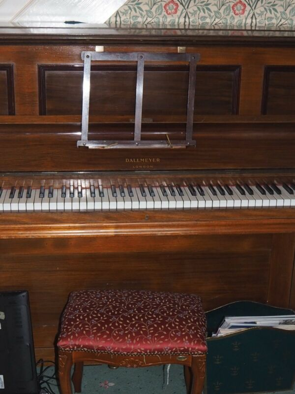 upright piano. In excellent working order. This has had one previous owner.