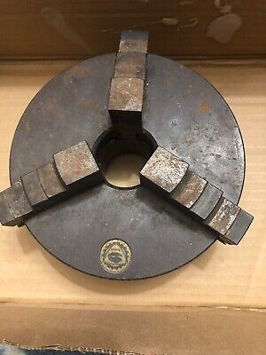 BISON 3204    3204-6 1/4S. 3 Jaw Scroll Chuck