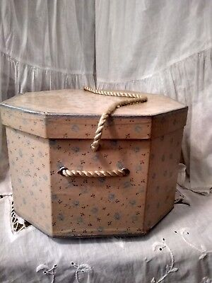 7 x 10 1/2'' Vintage soft pink calico, hexagon shaped Hat Box. (JC) Penny tag.
