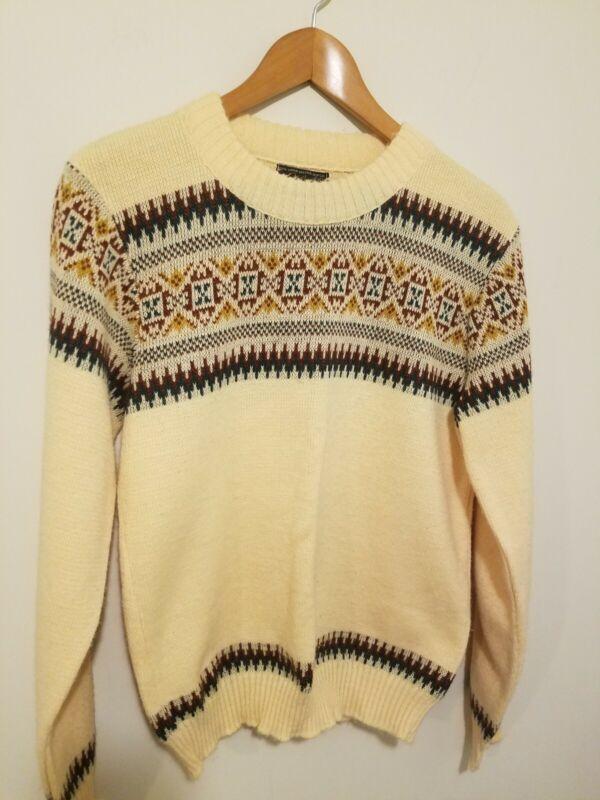 Vintage 1970s Campus Sweater Orlon Acrylic Medium