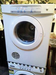 Large Capacity Westinghouse 6kg Dryer Ferny Hills Brisbane North West Preview