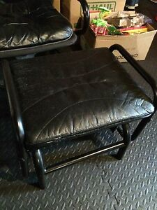 Ikea chair and footstool Kitchener / Waterloo Kitchener Area image 3
