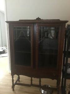 Buffet vaisselier antique
