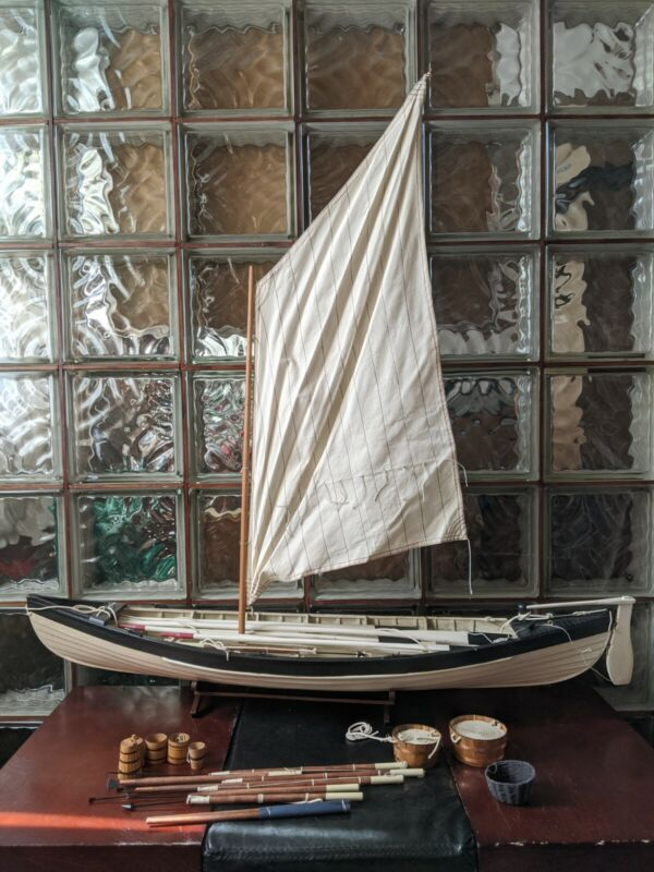 """Gorgeous 38"""" Retired Vintage New Bedford Whaling Boat Model Display Saiboat!"""